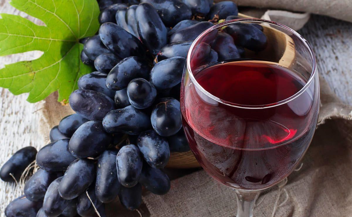 Coronavirus antioxidant red wine - red wine